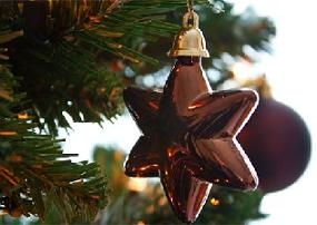 How to Maximize Profit with Holiday Merchandising
